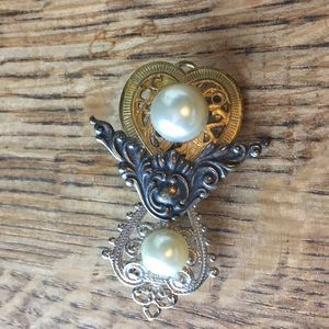 Vintage Jewelry - Steampunk Brooch